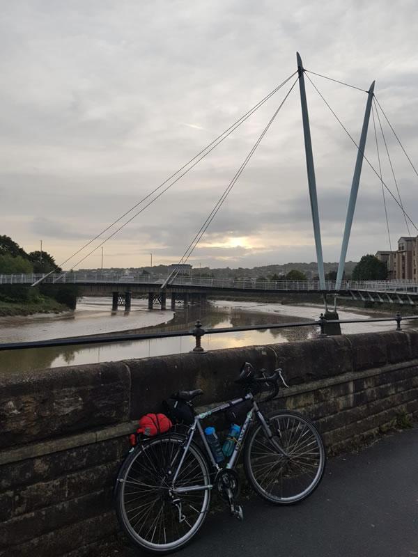 Bike and cycle bridge